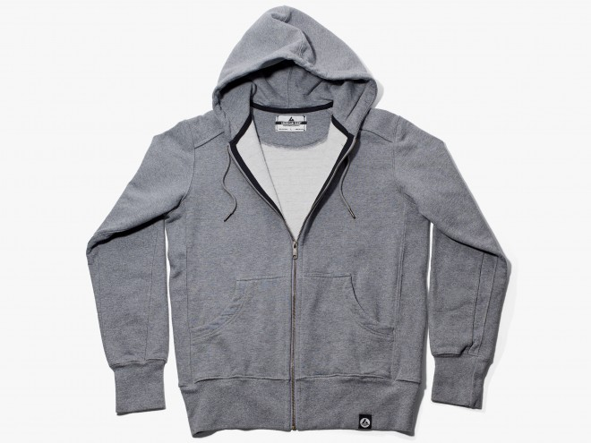 American-giant-heavyweight-full-zip-hooded-sweatshirt-660x495